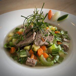 Leichter Kalbstafelspitz-Gemüse Eintopf
